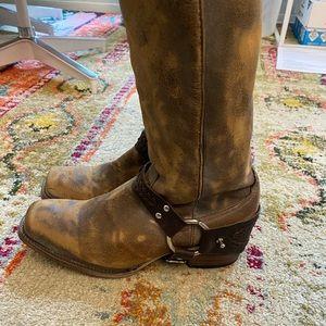 Freebird like-new Stirrup Knee boots